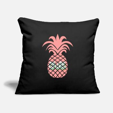 Chill Pineapple Rosa Chill - Throw Pillow Cover