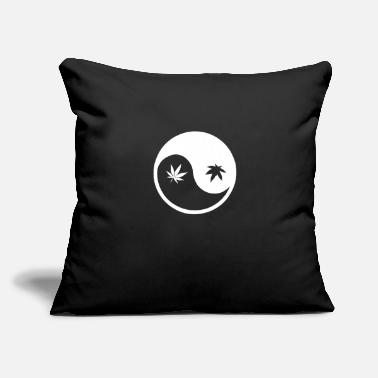 "Turntable Ying yang - Throw Pillow Cover 18"" x 18"""