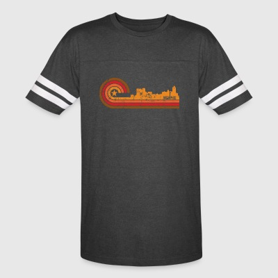 Retro Style Memphis Tennessee Skyline Distressed - Vintage Sport T-Shirt