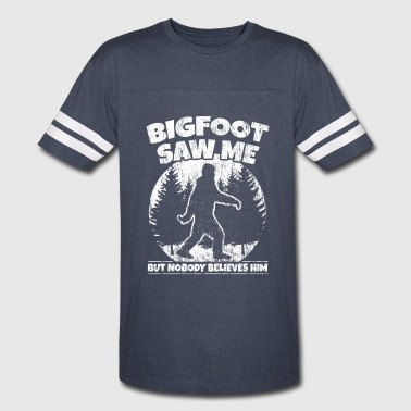 Sasquatch Tee Bigfoot Saw Me. Nobody Believes him. - Vintage Sport T-Shirt