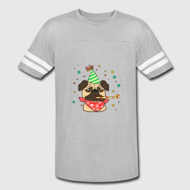 Classic pug with birthday accesories - Vintage Sport T-Shirt