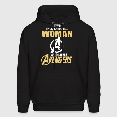 Never underestimate a woman who loves avengers - Men's Hoodie