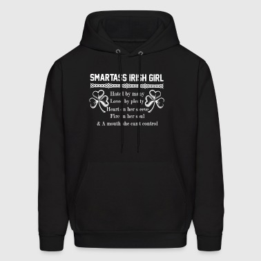 Smartass irish girl hated by many loved by plenty - Men's Hoodie