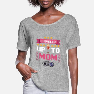 Zelda I Leveled Up To Mom - Parent Video Gamer Promoted - Women's Flowy T-Shirt