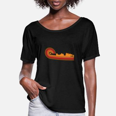 Michigan Retro Style Flint Michigan Skyline - Women's Flowy T-Shirt