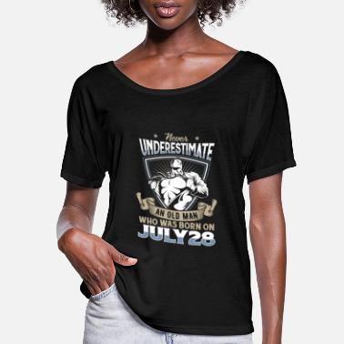 Never Underestimate Black Woman Are Born In July Never Underestimate An Old Man Born On July 28 - Women's Flowy T-Shirt