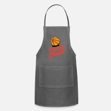Court Savage on the court - Apron