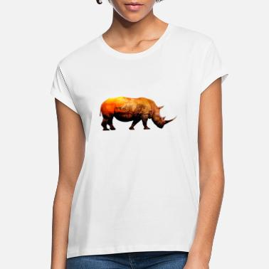 Serengeti RHINOCEROS In a Serengeti Sunset - Women's Loose Fit T-Shirt