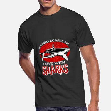 Diving Mask Nothing Scares Me I Dive With Sharks Shirt - Men's 50/50 T-Shirt