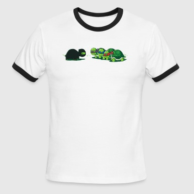 Tortoise caught - Men's Ringer T-Shirt