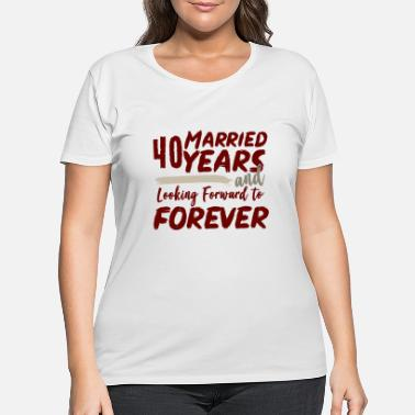 Wedding Day 40. Wedding day - Women's Plus Size T-Shirt
