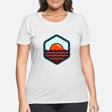 Shore BREAKFAST IN SHORE - Women's Plus Size T-Shirt