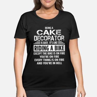 Decorating Cake Decorator - Women's Plus Size T-Shirt