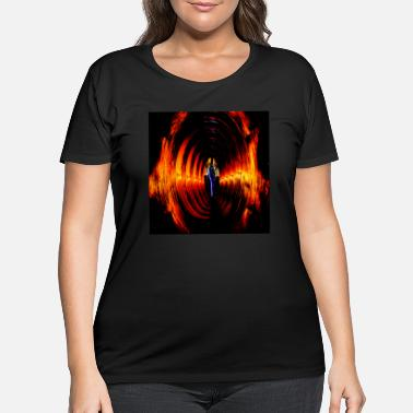 Lightning Tubes lightning - Women's Plus Size T-Shirt