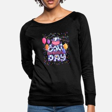 Dairy Farm Cowday cow dairy farm Party - Women's Crewneck Sweatshirt