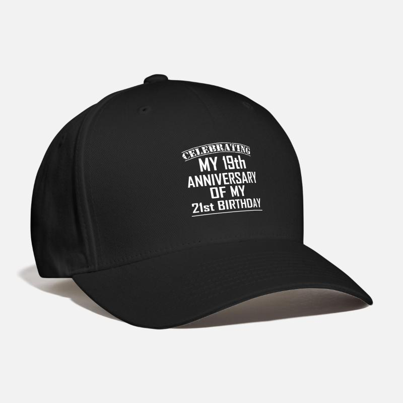 Funny 40th Birthday Design For 40 Year Old Men Baseball Cap