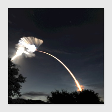 SpaceX CRS-15 Long Exposure - Poster 16x16
