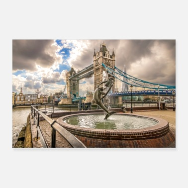 London Tower Bridge and Fountain - Poster 12x8