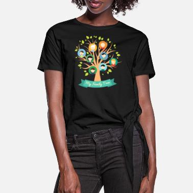 Family Tree family 4 F - Women's Knotted T-Shirt