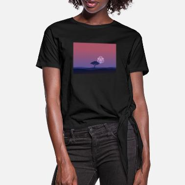 Landscape Lonely Tree Sunset D20 Dice Sun RPG Landscape - Women's Knotted T-Shirt