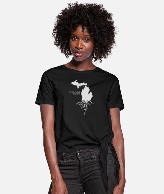 Root T-Shirts - Michigan Roots | State of Michigan - Women's Knotted T-Shirt black