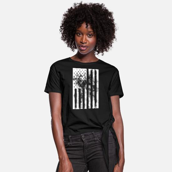 Usa T-Shirts - distressed American flag - Women's Knotted T-Shirt black