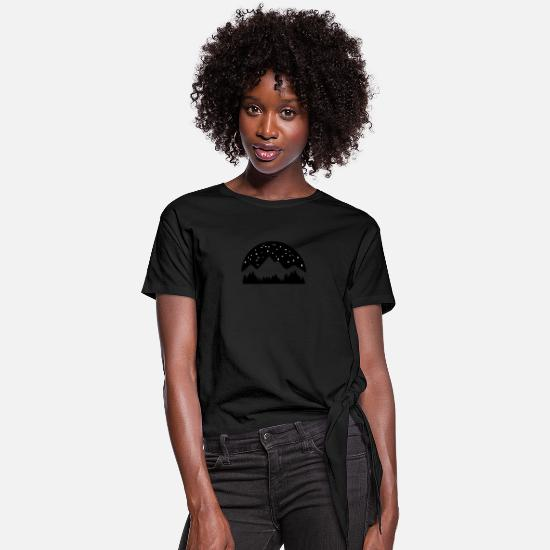 Sky T-Shirts - Mountains, Forest and Starry Night Sky - Women's Knotted T-Shirt black