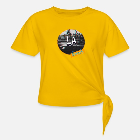 Venice Beach T-Shirts - LA Beach - Women's Knotted T-Shirt sun yellow