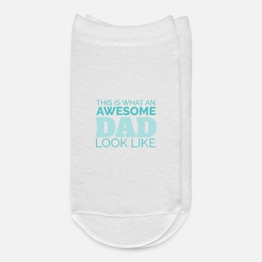 Grandad Dad This is what an awesome dad looks like Gift - Ankle Socks