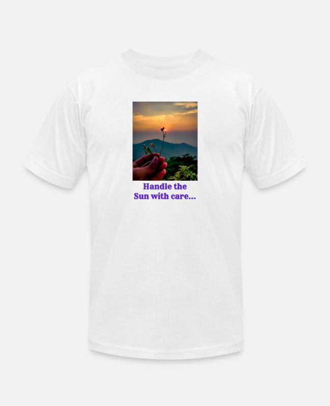Nature T-Shirts - Handle the sun with care - Unisex Jersey T-Shirt white