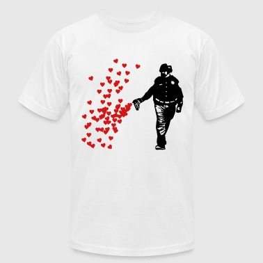 Pepper Spray Cop Stencil Police - Street Art Pepper Spray Cop heart - Men's Fine Jersey T-Shirt