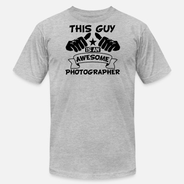 Awesome Photographer This Guy Is An Awesome Photographer - Men's Fine Jersey T-Shirt
