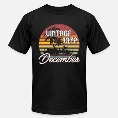 46th Birthday Gift Ideas 46th Birthday Gifts Retro Vintage December 1972 - Men's  Jersey T-Shirt