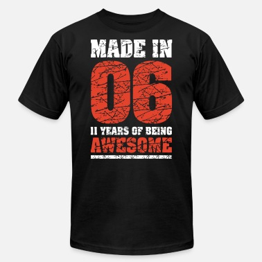 11th Birthday Gift T Shirt Made In 2006 Awesome 11 - Men's Jersey T-Shirt