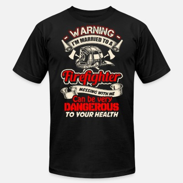 Firefighter Danger Firefighter - Messing with me can be dangerous - Men's Jersey T-Shirt