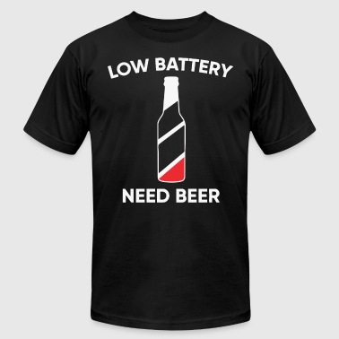 Low battery need beer - Men's T-Shirt by American Apparel