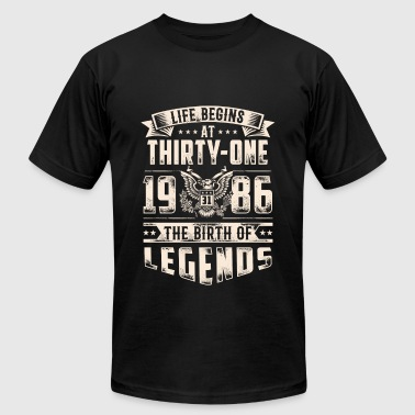Life Begins at Thirty-One Legends 1986 for 2017 - Men's Fine Jersey T-Shirt