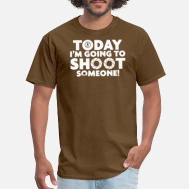 Shooting Photographer Photographer Shoot Someone - Men's T-Shirt