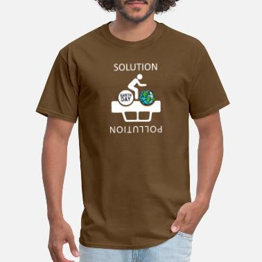 Greenpeace The Solution to Pollution is the clean energies - Men's T-Shirt