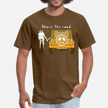 Road Bike share the road - Men's T-Shirt
