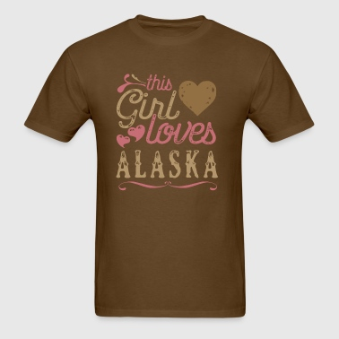 This Girl Loves Alaska - Men's T-Shirt