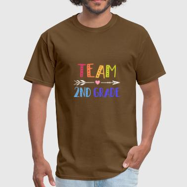 team 2nd grade teacher son - Men's T-Shirt