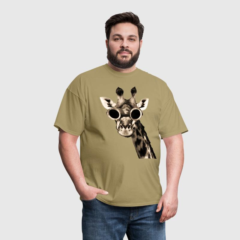 Giraffe With Steampunk Sunglasses Goggles - Men's T-Shirt
