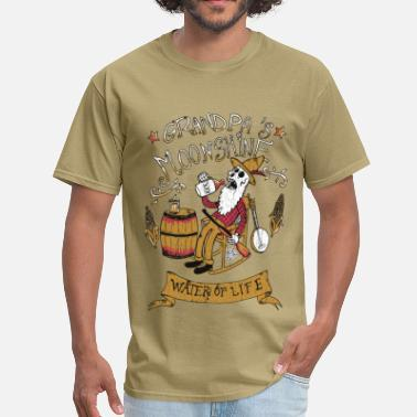 Moonshine grandpa - Men's T-Shirt