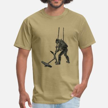 Rebreather Vintage French Diver with Sicard Rebreather - Men's T-Shirt