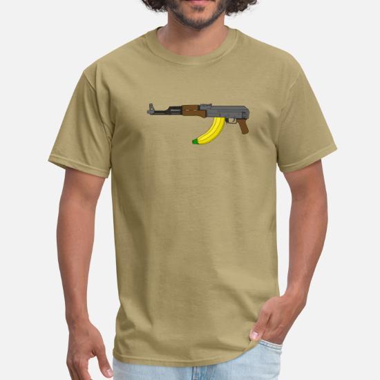 27dddb43 AK-47 with banana clip Men's T-Shirt | Spreadshirt