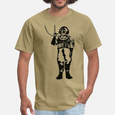Diving Commercial Vintage Deep Sea Diver with Diving Helmet and Hose - Men's T-Shirt