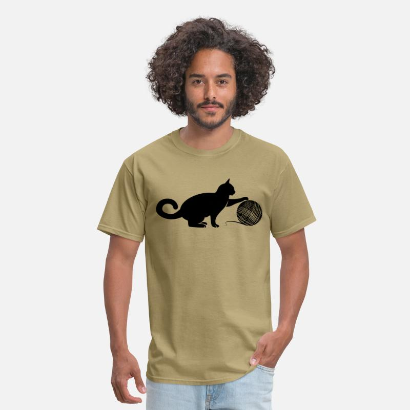 Wool T-Shirts - Cat play the Wool - Men's T-Shirt khaki