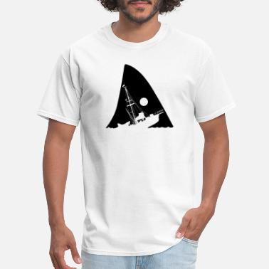 Harbour Attacked Ship - Men's T-Shirt