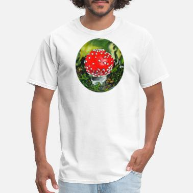 Amanita Muscaria amanita muscaria / mushroom / nature / fly agaric - Men's T-Shirt